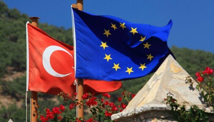 Turecko vydírá Evropskou Unii! Je to signál potřeby skutečně silné zahraniční abezpečnostní politiky EU