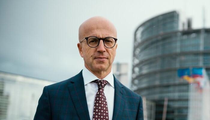 Dotace zEU musí být investicí do moderní budoucnosti. Nejsou určeny pro hašení hříchů minulosti